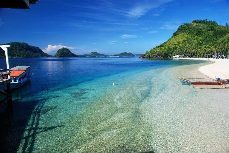 7 Destinasi  Pantai Yang Ada Di Lampung